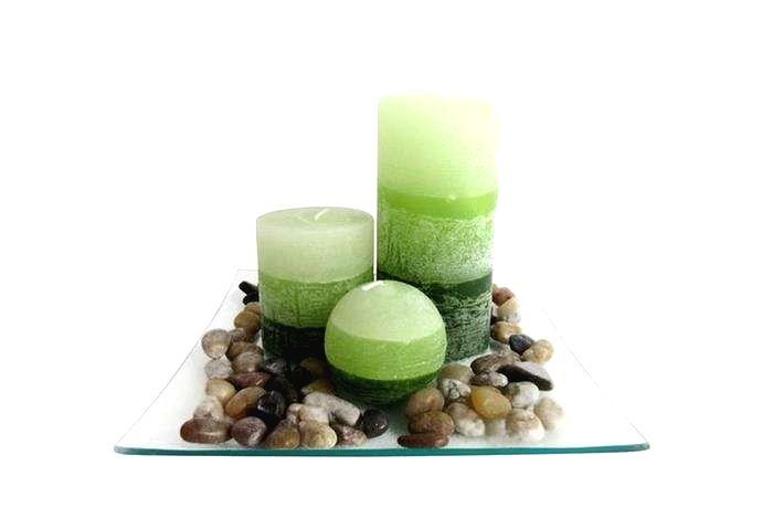 TORO Darčekový set 3 sviečok s vôňou zelený čaj na sklenenom podnose s kameňmi